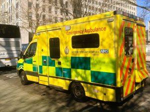ambulance-1665303_1920